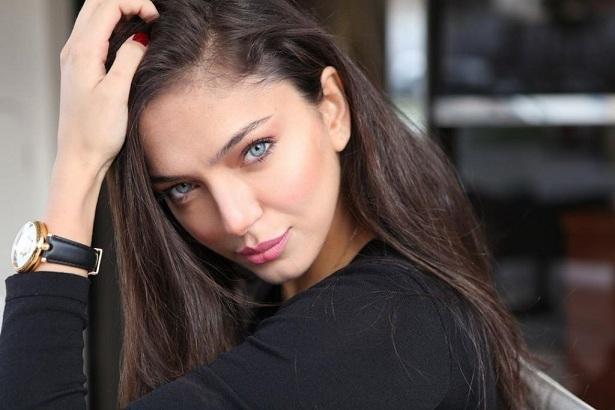 Актриса Биран Дамла Йылмаз